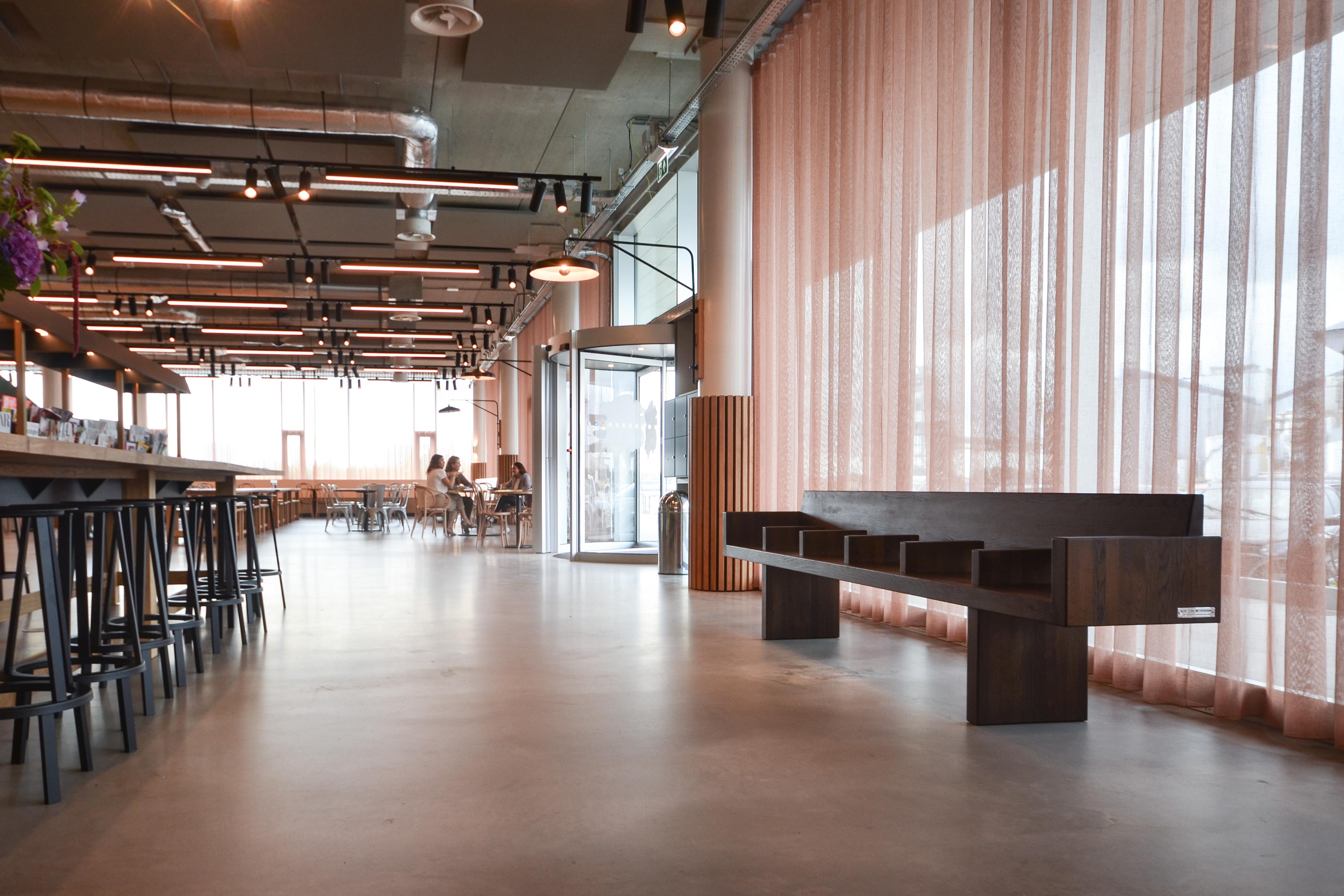 Nieuwe Design Bank.New York Metrobank